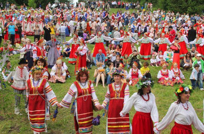 обычаи и традиции народов россии