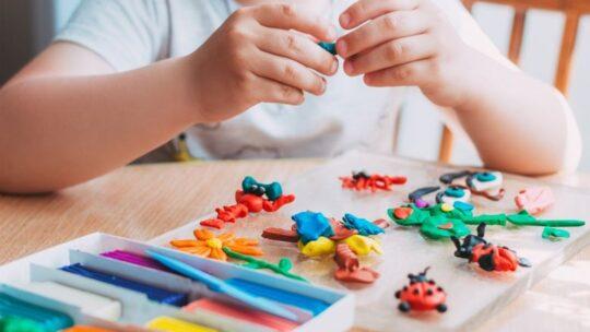 Как лепить из пластилина: поэтапно для детей