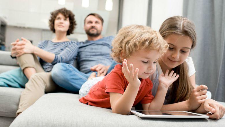 Самые прикольные семейные игры дома для детей и взрослых